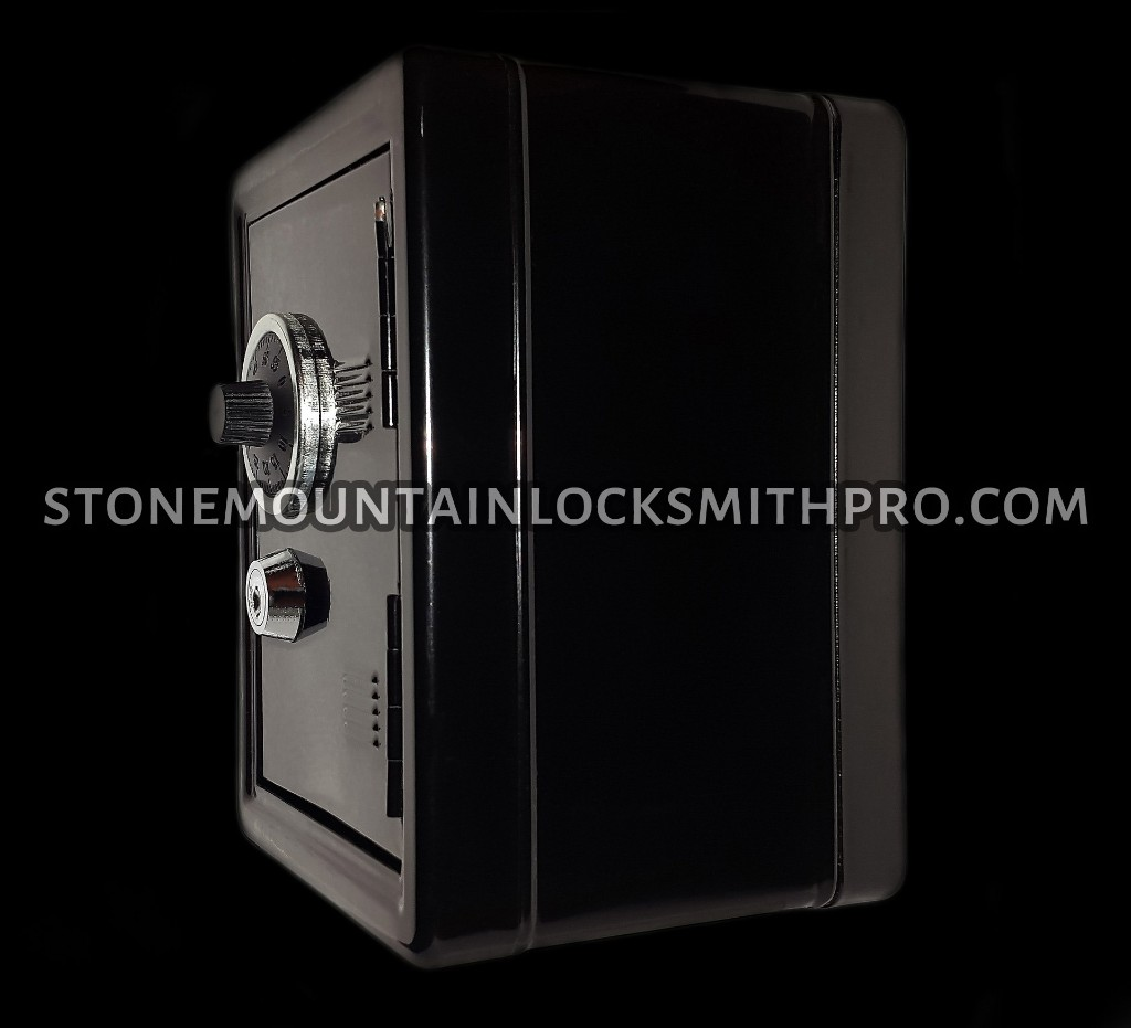 safe-opening-Stone-Mountain-locksmith