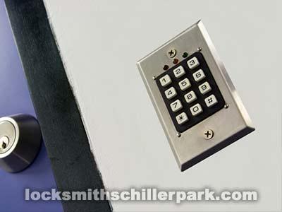 locksmith-schiller-park-keypad
