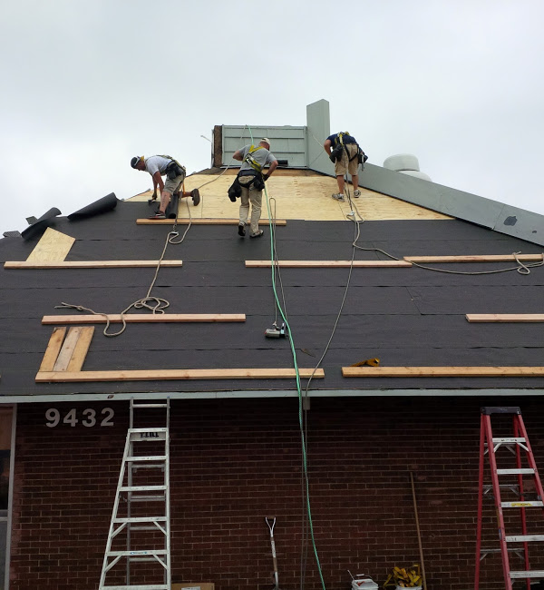 roofing-company-St.-Peters-roof-replacement